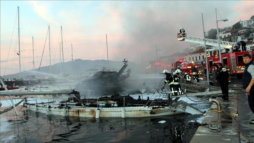 Fire in Marmaris marina leaves one dead and one injured